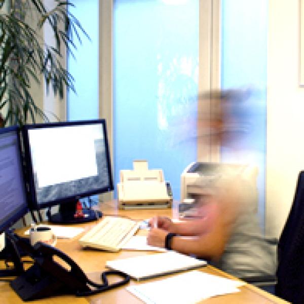 Bürozeiten 8.00-12.00 Uhr